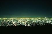 都会の夜の音