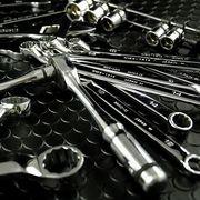 激突!輸入工具VS国産工具