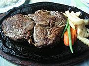 沖縄のステーキを愛する者へ !!