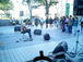 富山の街中で野外ライブイベント