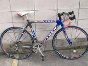 自転車の輪(東大阪)