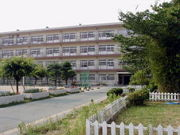 八尾市立高美小学校