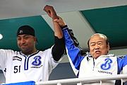加地隆雄 横浜球団社長