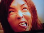 瑠樺さんの変顔