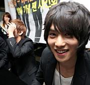 ジョンヒョンの笑顔がすき。