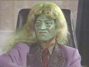 緑の顔のニクい奴