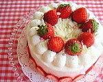 *Strawberry Cake*