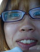 鼻の穴ひし形(鼻毛チクチク)の友