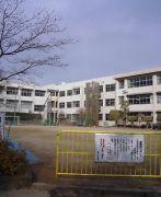 壺川小学校