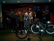 自転車を格好良く乗る人