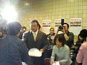 大相撲☆力士や親方に握手!!