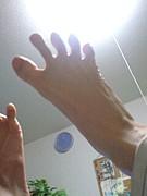 足の指が開く