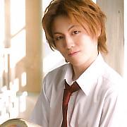 内藤大希 as 芥川慈郎