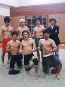 格闘サークル