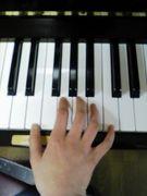 小さな楽器弾き