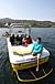 黄色い船のウエイクボーダー