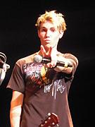 Todd Garfield  (EASTWEST BOYS)