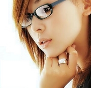 女の子はメガネをかけて!!!!