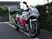 FZR1000