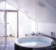お風呂で寝ます。