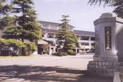 秋田県立本荘高校卒業生