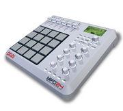 DJ Super bOb