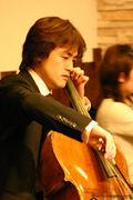 Cellist Yuji Ishikawa