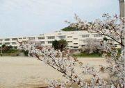 長崎県外海町立池島小学校の広場