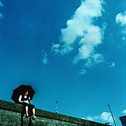 赤。青。夢。嘘。色づく空。