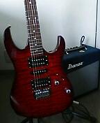 ギター独学踏ん張ってます。