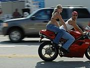 バイクの後ろが好きやねん!