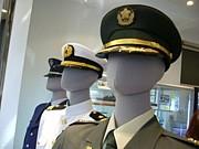 自衛隊員 × 学生