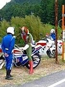 バイク盗まれた人達の会