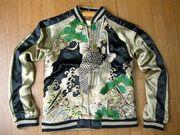 和風な服売ってます。