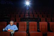 映画は独りで観る