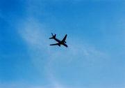 空を行く飛行機を眺めるのが好き