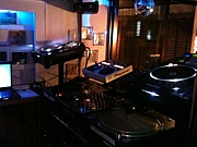 BISTROQUEUEMusicCafeTeaBar