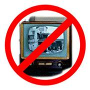 部屋にテレビは置きません