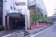埼玉県理容美容専門学校