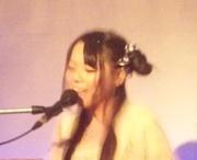 シンガーソングライター遥奈