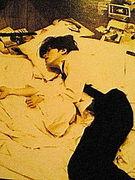 寝起きにウールパンツ