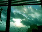 空 も 生 き て る