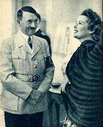 やっぱアドルフ・ヒトラーだね★