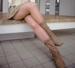 スカートとブーツの間が好き