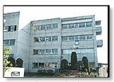 埼玉県八潮市立潮止中学校