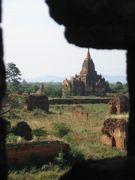 ミャンマーの窓