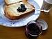 ブルーベリージャムとパン