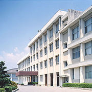徳島県立美馬商業高等学校です。