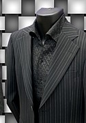 COOL&DARKにスーツを着こなす