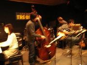 ジャズの生演奏が楽しめる店